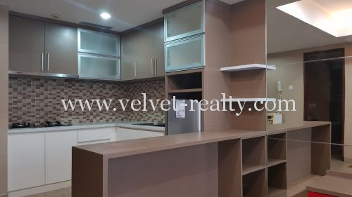 Disewakan Apt The Royal Springhill 1 BR Private lift Full Furnish #VR273 #VR273
