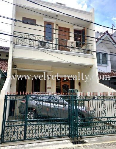 Dijual Rumah Cantik 2 lantai Sunter Indah #VR360 #VR360