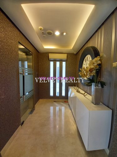 Dijual Apt The Royale Springhill 2 BR luas 196 m2 Furnish private lift #VR584